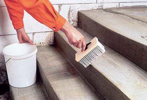 До начала облицовки плиткой необходимо сделать гидроизоляцию конструкции