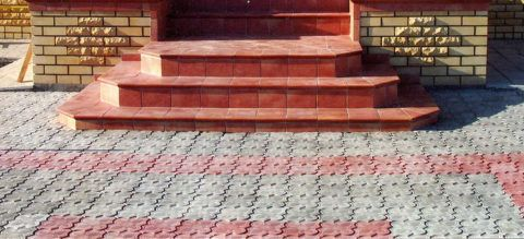 Отделочная плитка с антискользящей фактурой