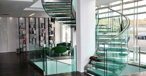 Комбинированное ограждение лестницы из нержавейки и стекла