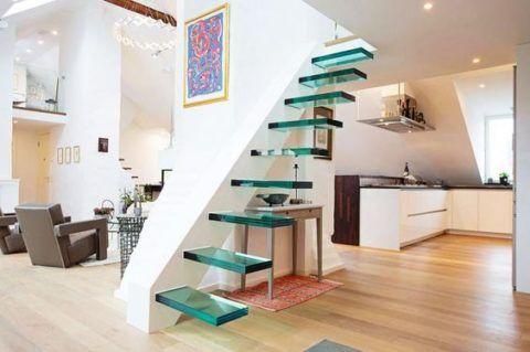 Лестница без ограждения