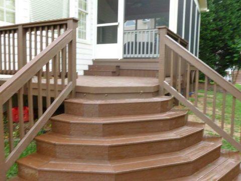 Лестница для крыльца после декорирования