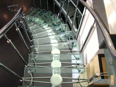 Лестницы из стекла и нержавеющей стали