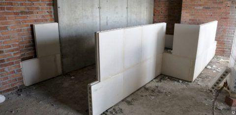 Перегородка из гипсобетонных блоков