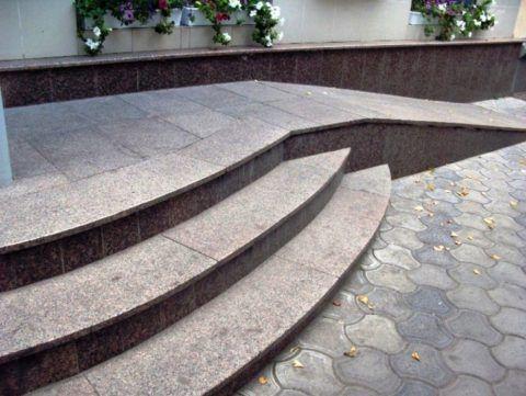 Плитка для круглых ступеней крыльца из термообработанного гранита