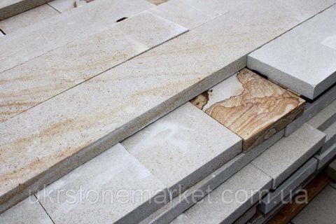 Плитка для крыльца и ступеней из шлифованного природного песчаника