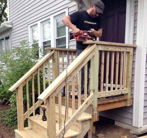 Сооружение деревянного крыльца