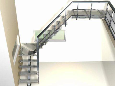 Стеклянно-металлические лестницы на центральном косоуре