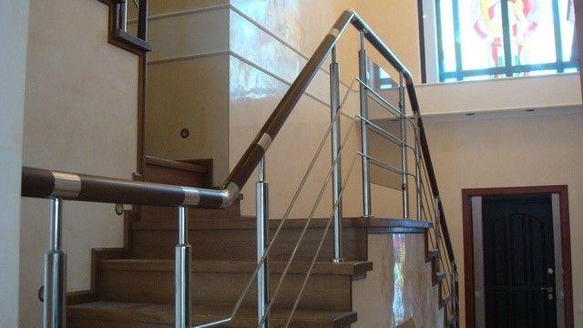 Комбинированные ограждения для лестниц и перила