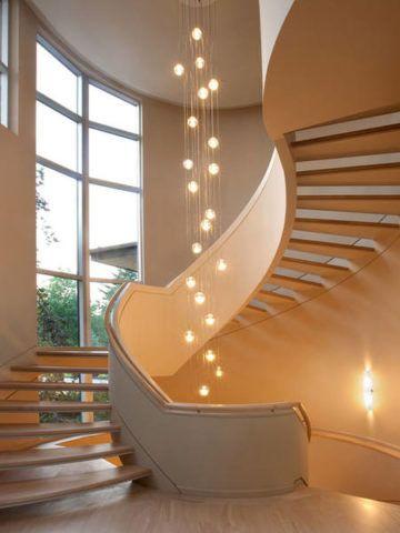 Декоративное освещение лестничной конструкции
