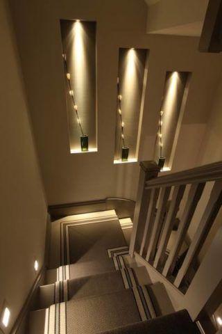 Декоративные ниши в оформлении лестничной конструкции
