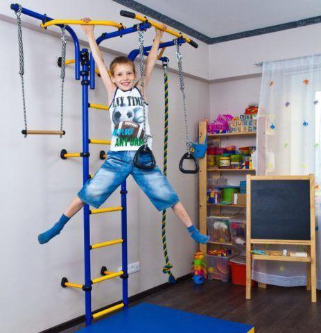 Детская комбинированная спортивная лестница с дополнительными снарядами