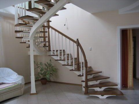 Лестница на витом косоуре