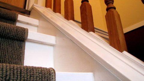 Лестницы покраска белой краской