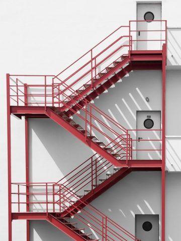 Маршевые пожарные лестницы
