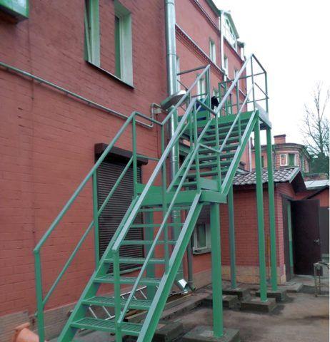 Надёжная лестница без дефектов
