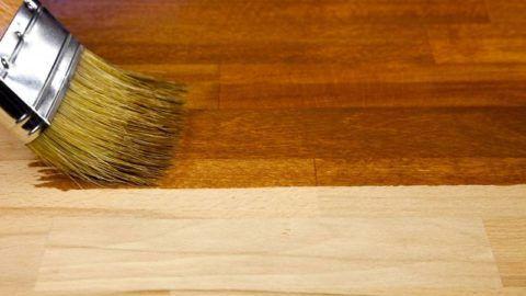 Нанесение состава на деревянную поверхность