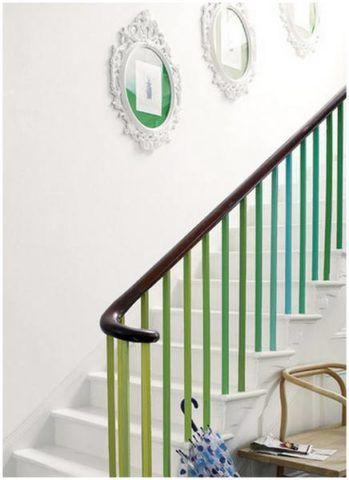 Окрашивание ограждения лестницы в яркие цвета