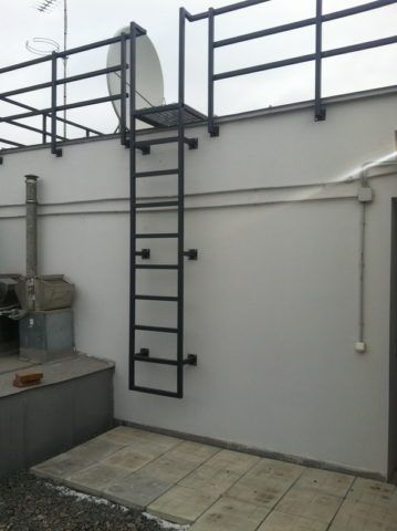 Пожарная лестница на крышу ГОСТ