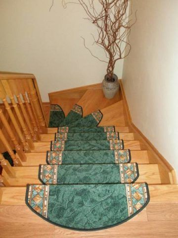 При помощи отдельных накладок можно оформить забежные ступени