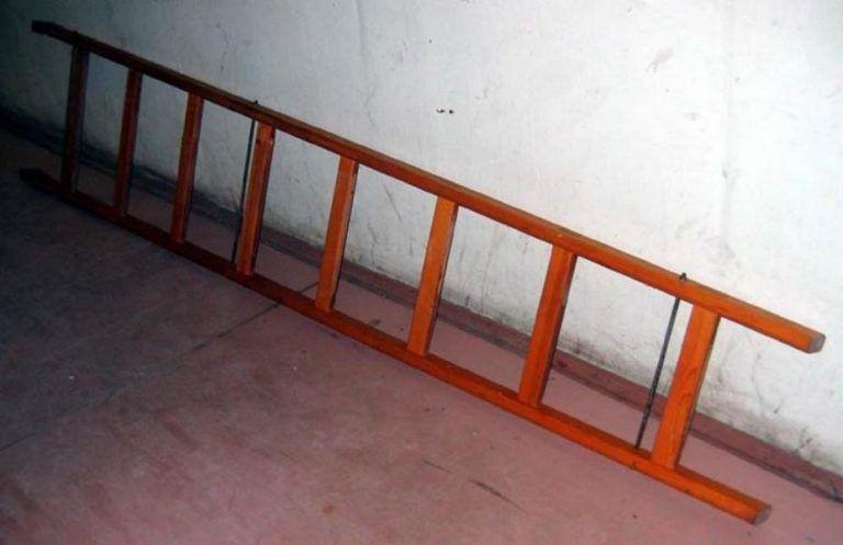 Деревянная приставная лестница своими руками фото
