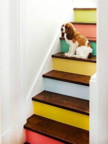 Такая лестница станет украшением дома