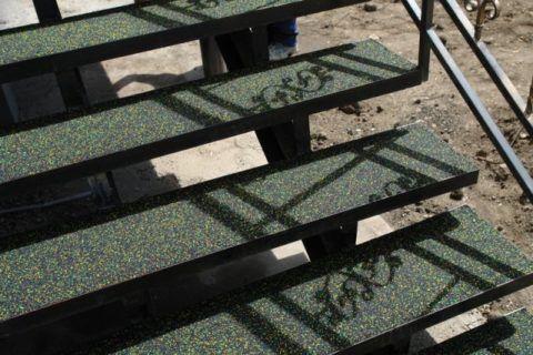 Угловые ступени для крыльца