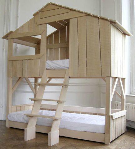 Устойчивая маршевая лестница из натуральной древесины
