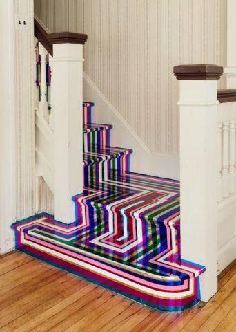 Яркое решение для лестницы