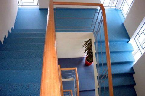 Лестница с наливным полом