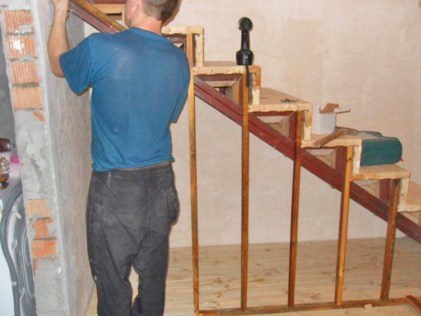 Как обшить лестницу своими руками фото 798