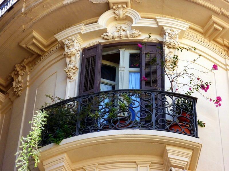 Вертикальное озеленение балкона - фото и примеры.
