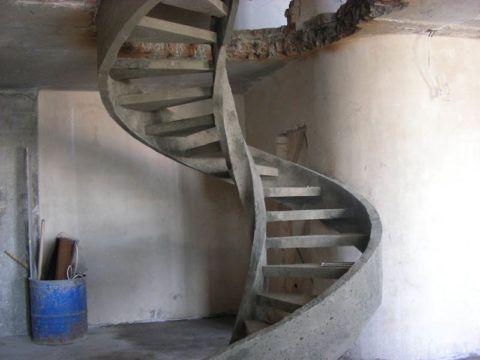 Как своими руками сделать бетонную лестницу: монолитная конструкция из железобетона