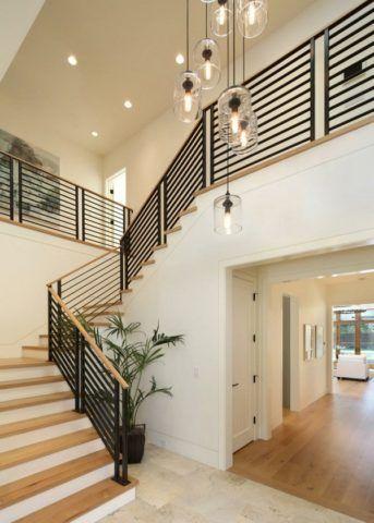Комбинированный вариант лестничного освещения