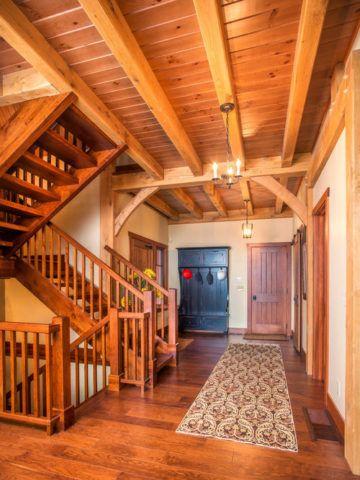 Лестницы в интерьере в стиле кантри
