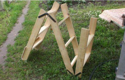 Приставная трехсекционная лестница