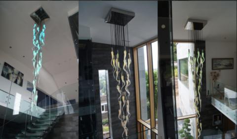 Варианты длинных светильников из цветного стекла