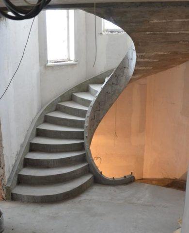 Виды лестниц бетонных: винтовая конструкция