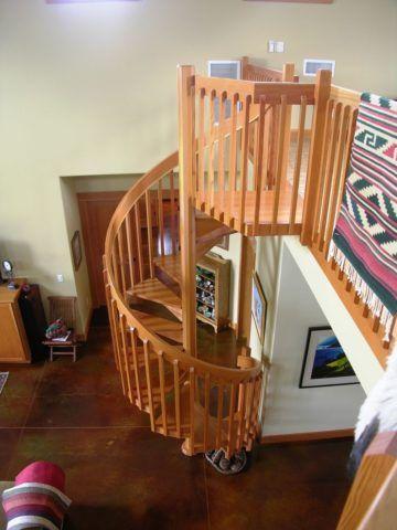 Готовая винтовая лестница с ограждением