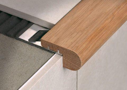 Керамические на кладки на кромку ступеней могут быть различного цвета и фактуры, и служить действительным украшением лестницы