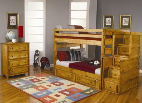 Кровать двухъярусная с лестницей и комодом приставным: такая мебель не займет много места в спальне