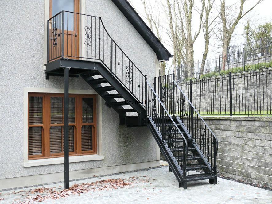 Какие бывают лестницы: рассмотрим виды и варианты.