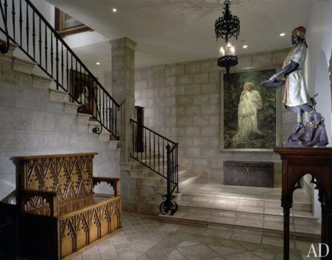 Лестницы в готическом стиле из камня