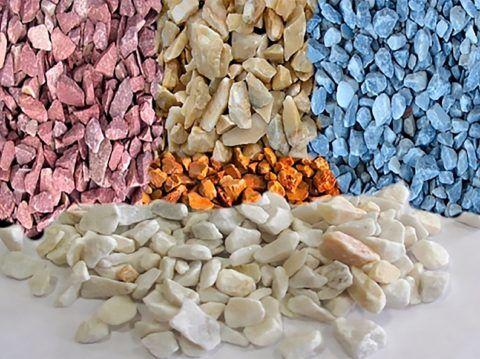 Многообразие цветов натурального мрамора позволяет создавать весьма необычные мозаичные панно