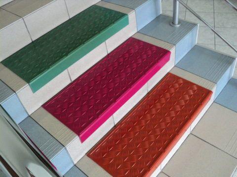 Накладки из полимера на ступени