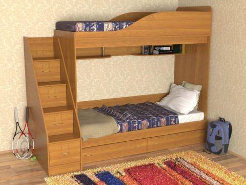 Нижнее спальное место имеет большие габариты