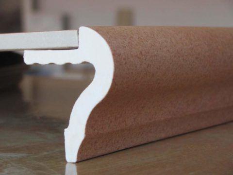 «Носик» из керамогранита для облицовки кромки ступени
