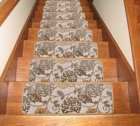 Красивые накладки на маршевой лестнице