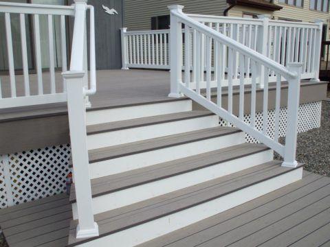 Лестница из бетона, облицованная полимерной доской