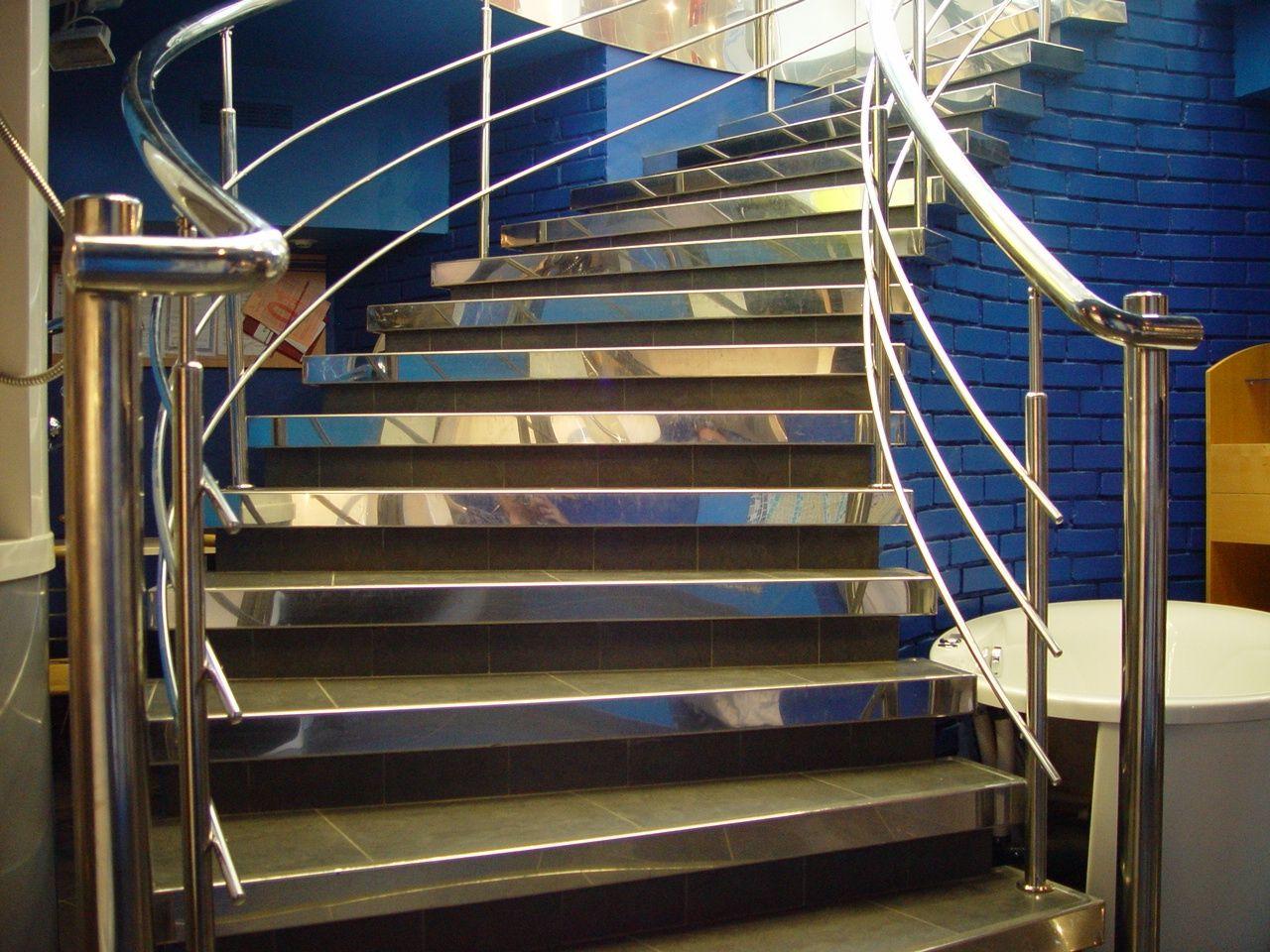 лестницы для дома из стали