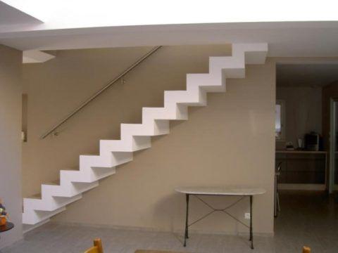 Ломаная лестница